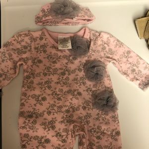 Laura Ashley bodysuit with hat. 0-3 month